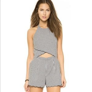 Saylor gingham scalloped rose romper  xs